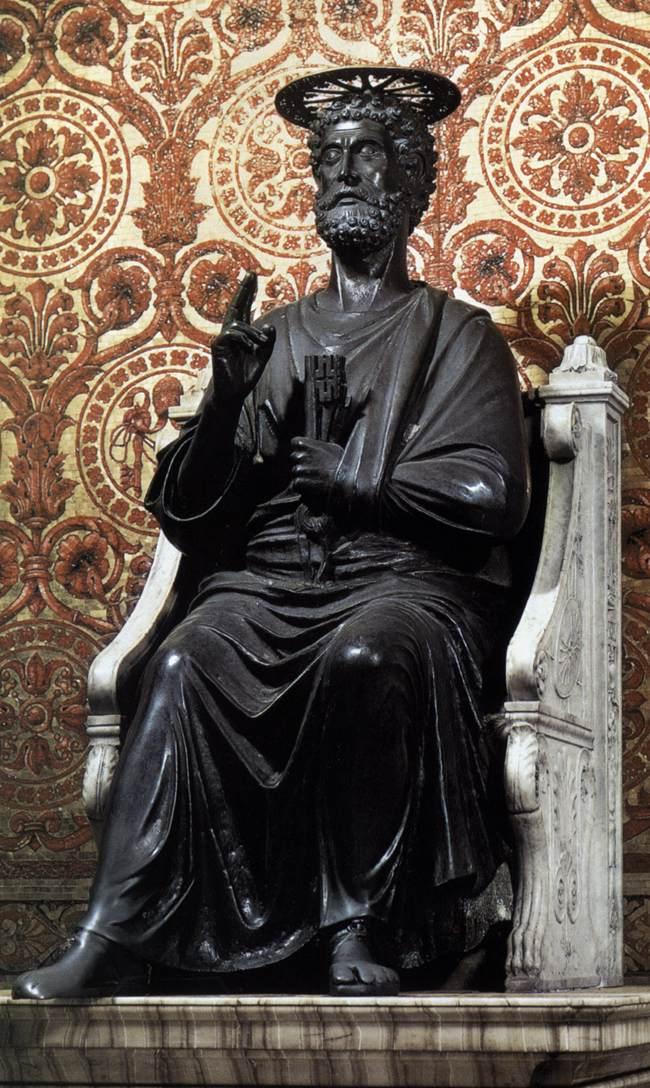 Bronsestatuen av St. Peter i Vatikanet
